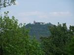 Крепость Дубравка возвышается над городом