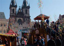 Любимое место туристов и иммигрантов в Чехии, на фотографии старая площадь Праги